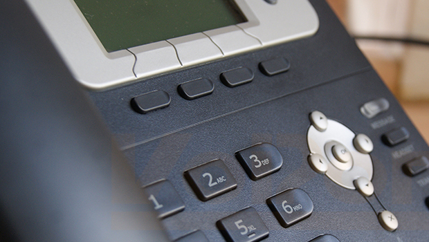 A Quick Look and Review of the Yealink T22P VoIP Phone
